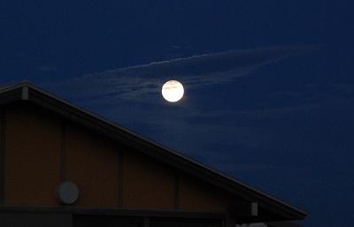 月が大きい! 明るい! 8月11日(月)はスーパームーン!