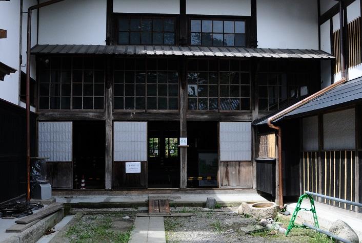 渡辺邸正面リサイズ
