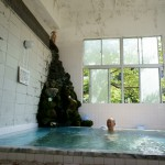 1,200年(!)の歴史ある湯をひなびた共同浴場で体験できる、阿賀野市の出湯温泉に行ってみました。