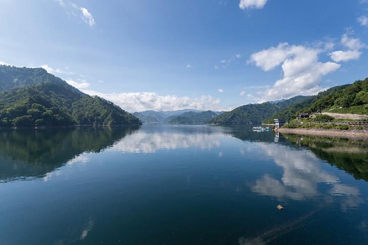 奥只見湖の全景