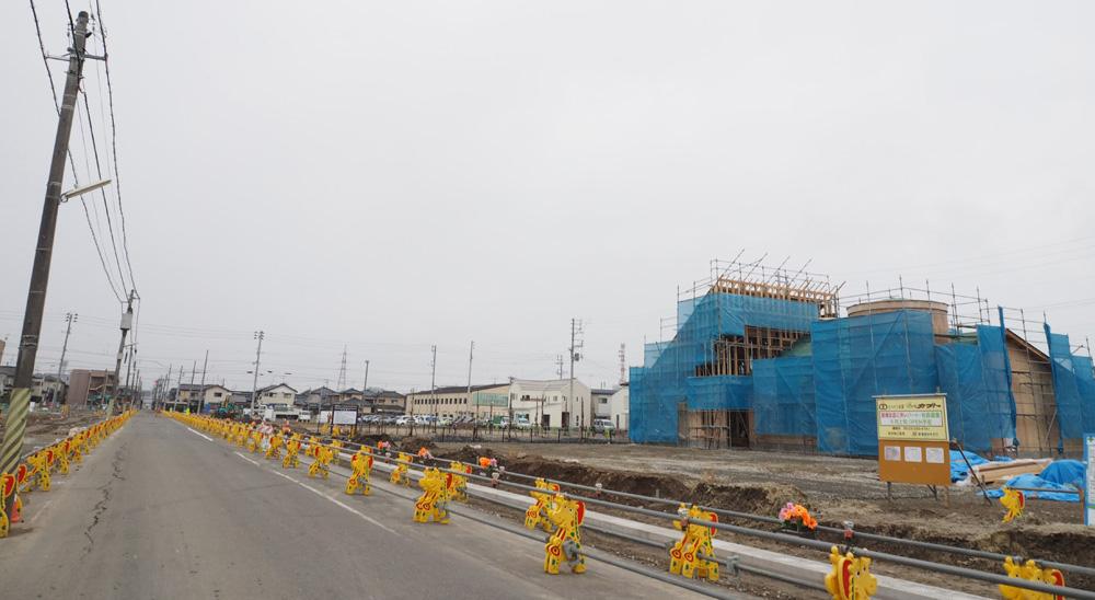 パンのカブト女池上山に新店建設中。 オープンは5月上旬予定
