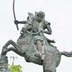 越後の虎・上越市の上杉謙信公像をいろいろ訪ねてみました