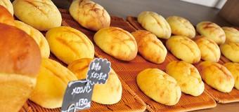 「常に焼きたて」をモットーに、3人の熟練パン職人がフル稼動する「BOULANGE・TAKAHASHI」が新潟市江南区に登場