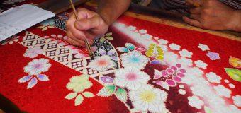きものの街「十日町」の工房で、手描き友禅体験をリポート
